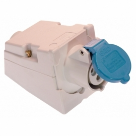 CEE-wall mounting socket outlet 16A, 2PE